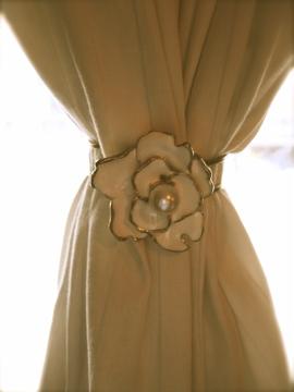 Creative Curtain Tie Backs Ideas : Bracelet as Curtain Tie-Back~