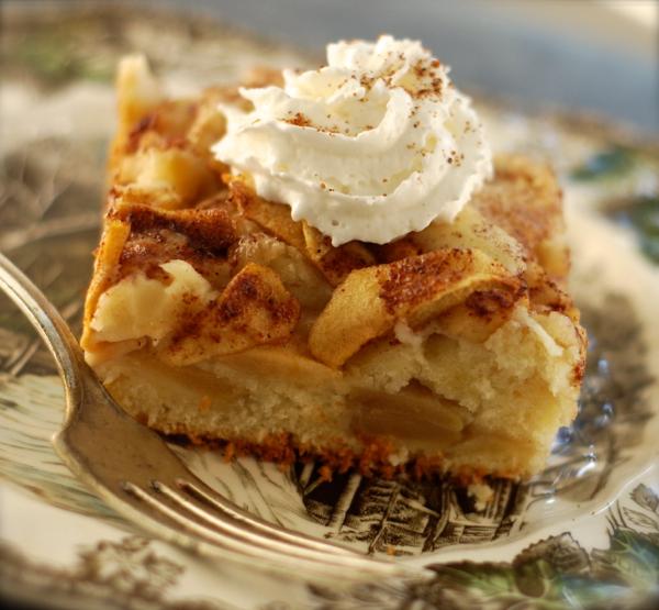 Apple And Cinnamon Tea Cake Recipe