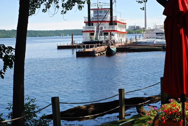 dockpaddleboat