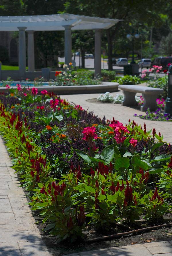 rwflowergarden
