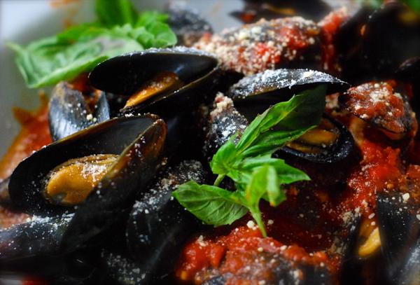 musselsinredsauce