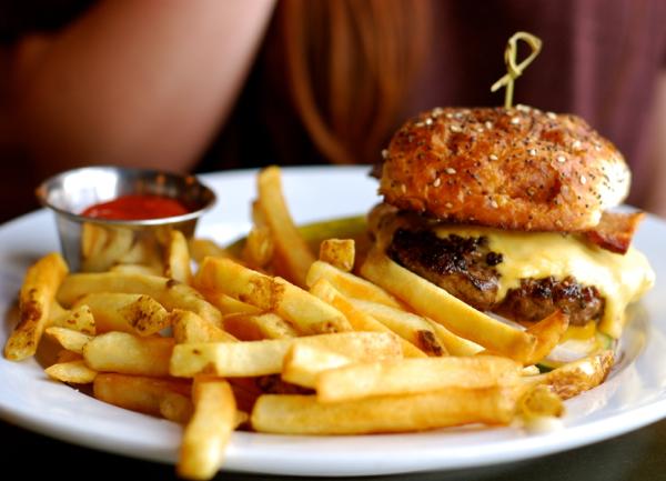 lakeaveburger